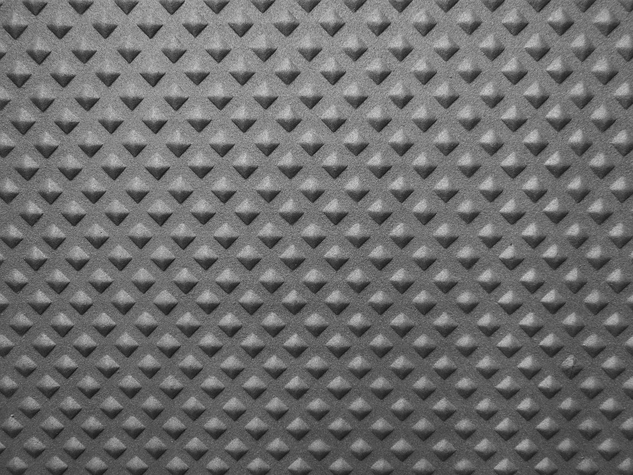 Punzonatura lamiera: tecnologia CNC